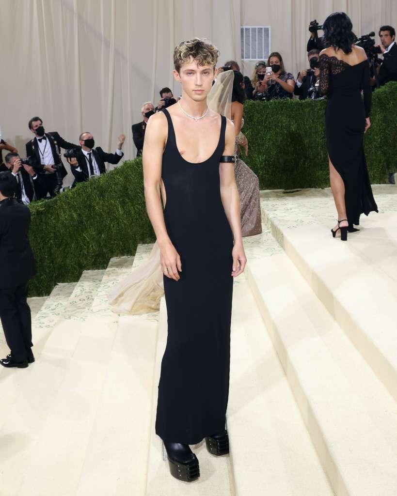 Troye Sivan Met Gala 2021 Gender Fluid Clothing