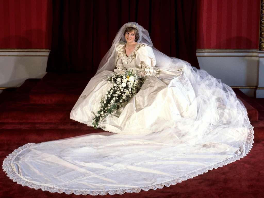 Princess Diana's Outfits Princess Diana Fashion
